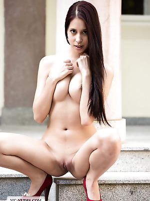 MC-Nudes  Paula Shy  Beautiful, Solo, Sport, Young, Babes, Teens, Erotic, Softcore, Tits, Boobs, Big tits, Breasts